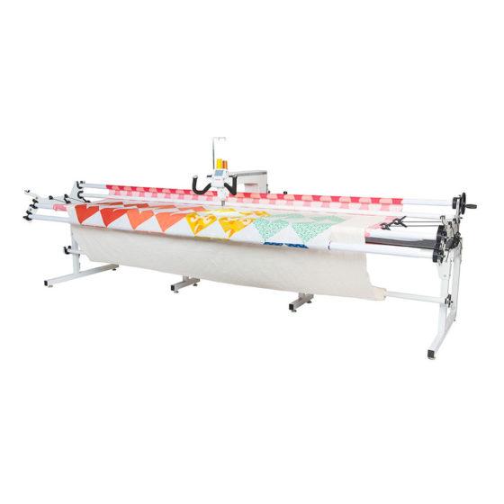Janome Quilt Maker Pro 18 med stoff i