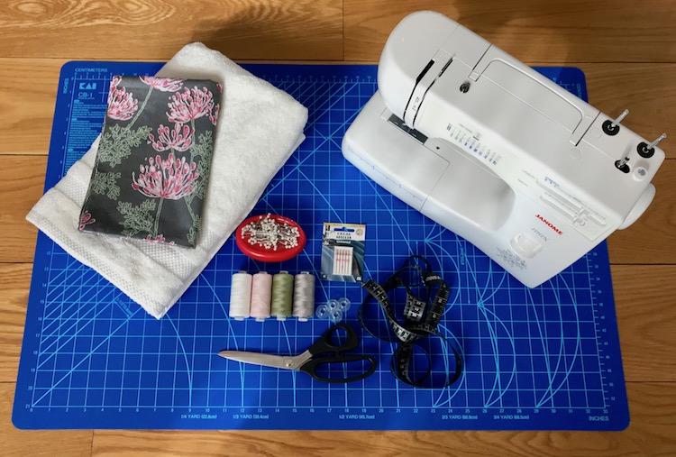 tilbehør symaskin Janome stoff skjærematte knappenåler rullekniv tråd